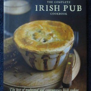 The Complete IRISH PUB Cookbook Like New